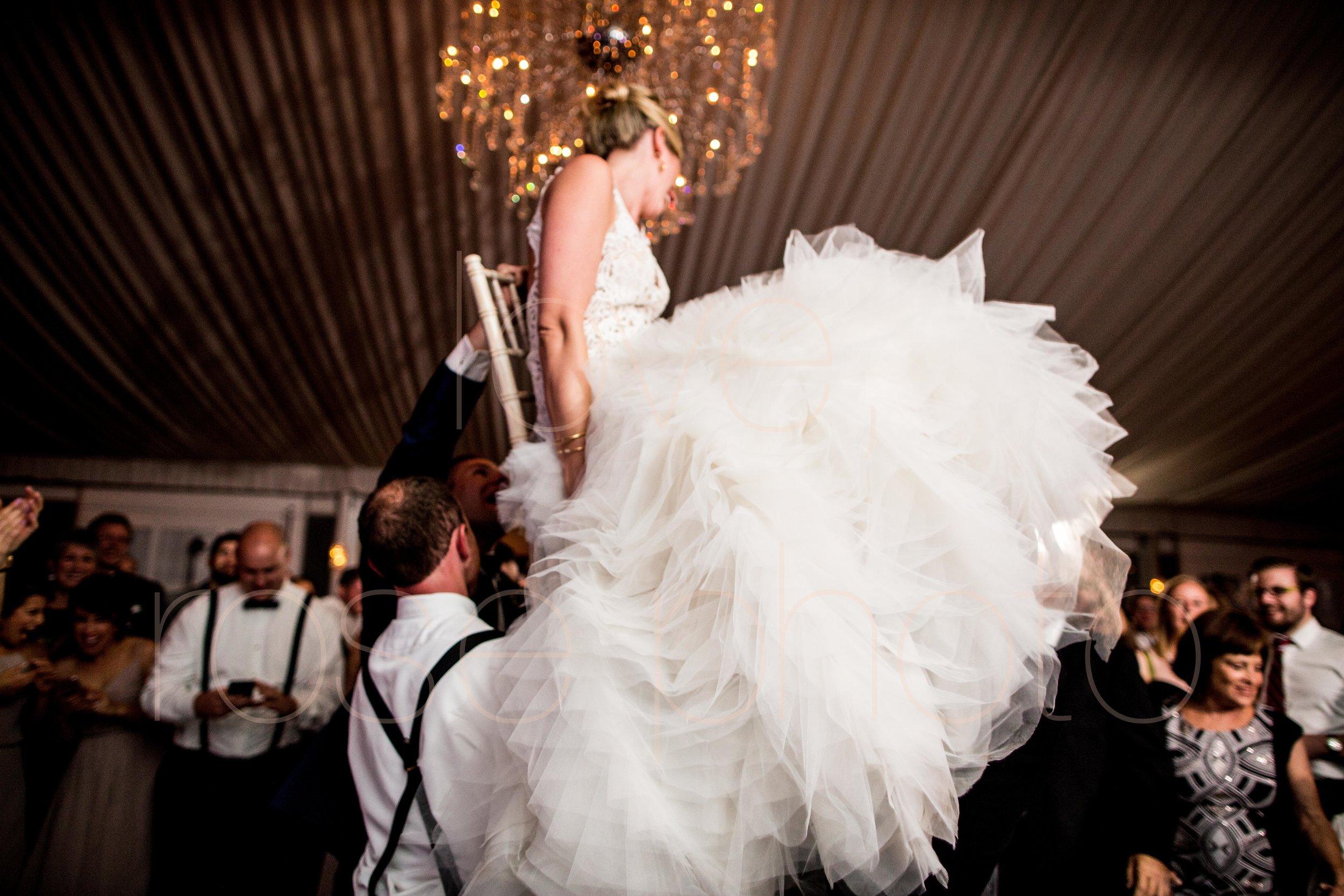 downtown spring wedding palmer house jewish galleria marchetii lazara gown by Rose Photo -59.jpg