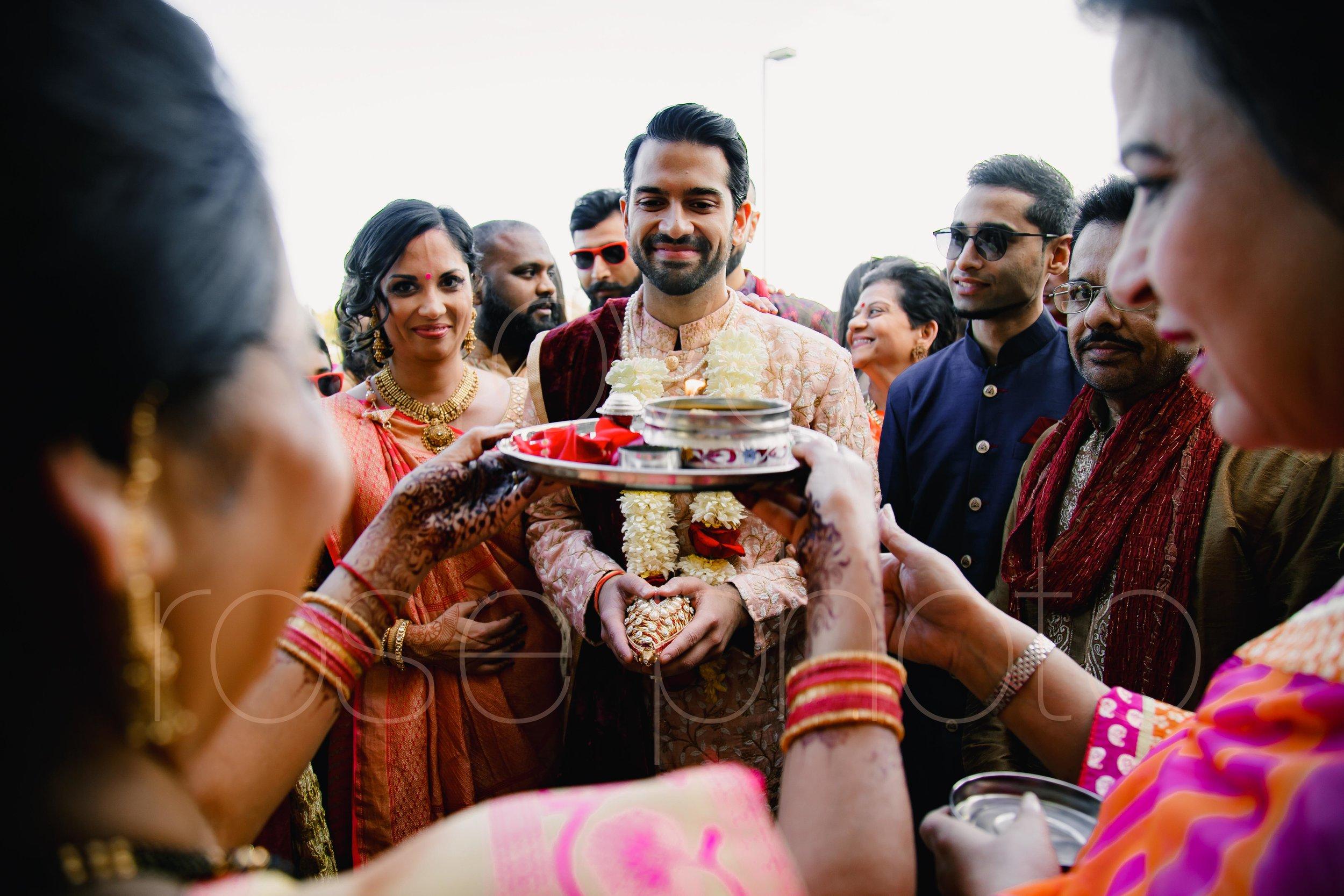 Chicago Indian Wedding best photography lifestyle wedding portrait luxury wedding-26.jpg