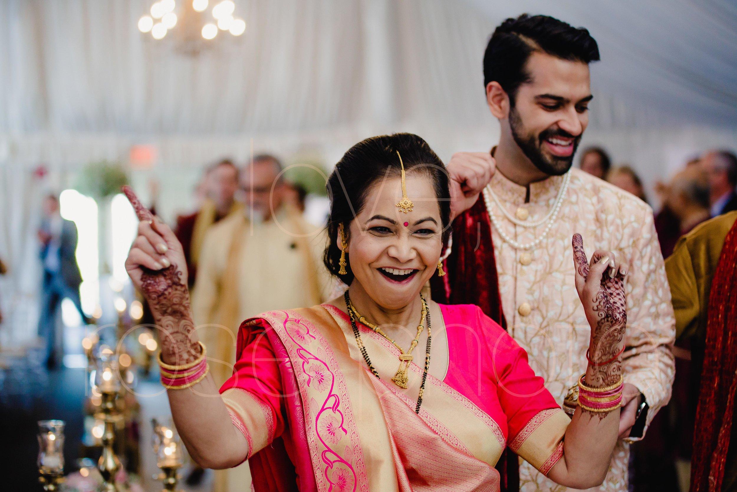 Chicago Indian Wedding best photography lifestyle wedding portrait luxury wedding-31.jpg