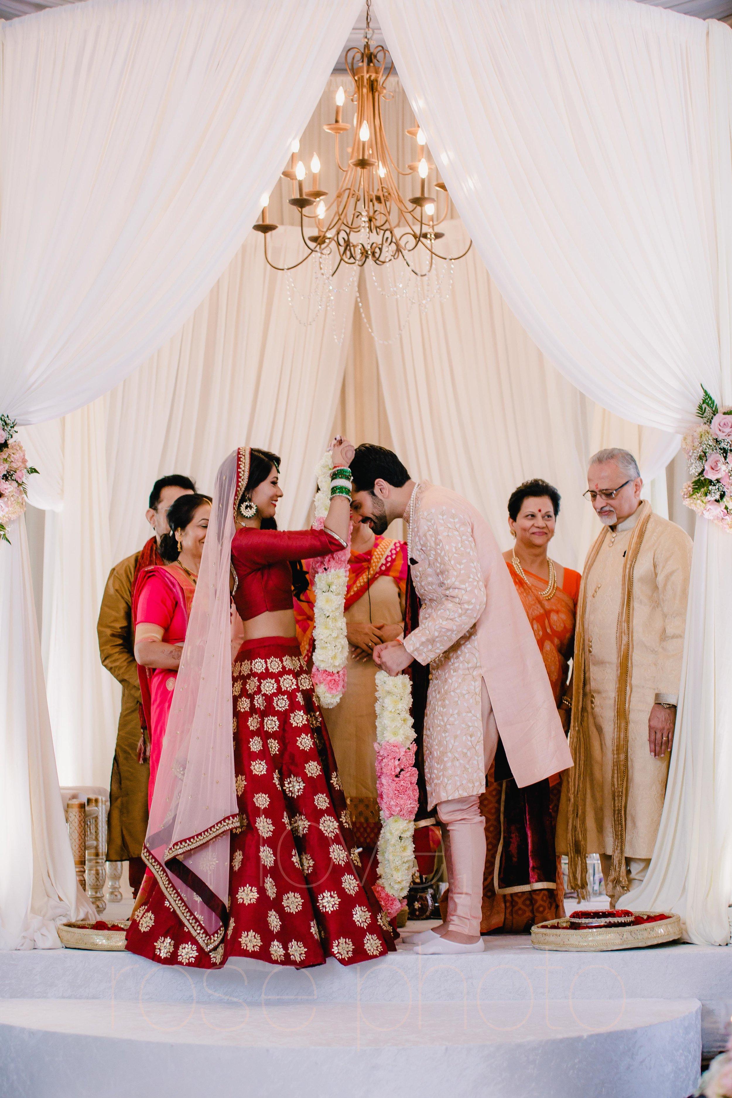 Chicago Indian Wedding best photography lifestyle wedding portrait luxury wedding-34.jpg