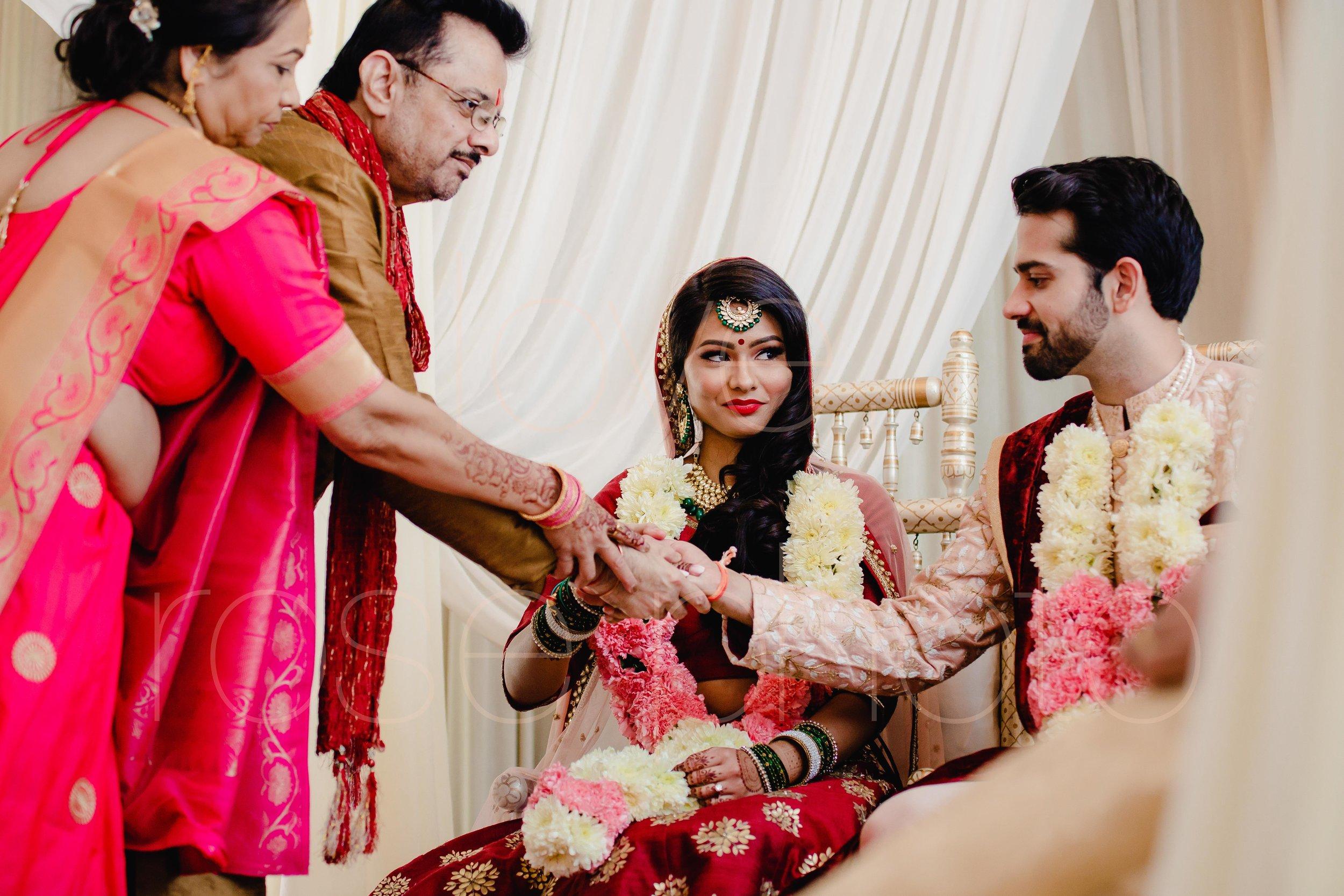 Chicago Indian Wedding best photography lifestyle wedding portrait luxury wedding-36.jpg