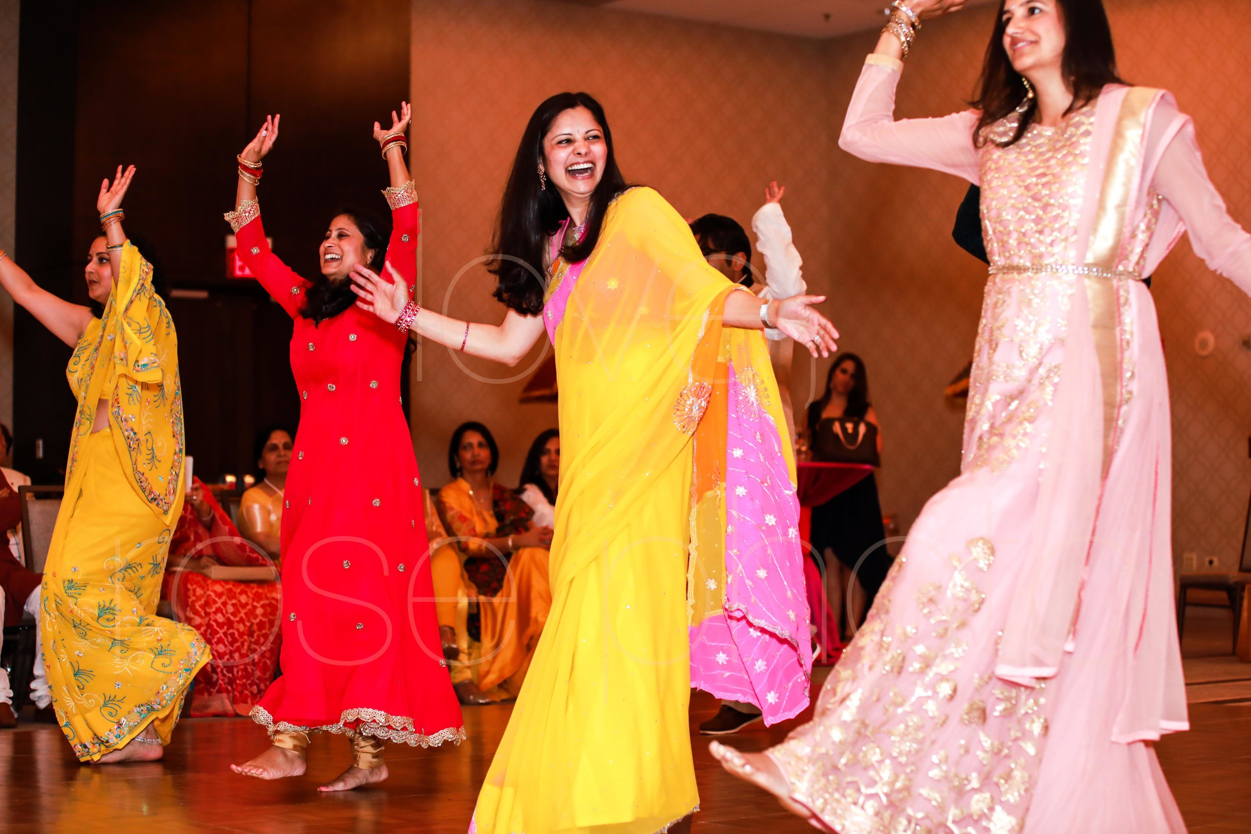best chicago indian wedding photographer rose photo video collective-37.jpg