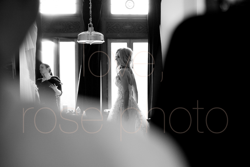 chicago wedding photographer luxe bride style rose photo social media share-17.jpg