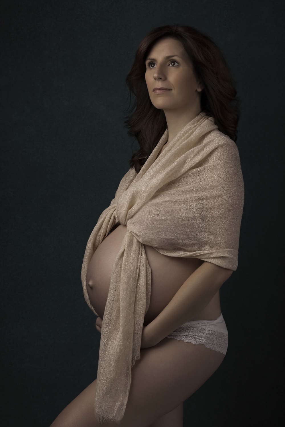 Wiltshire maternity and pregnancy photography.