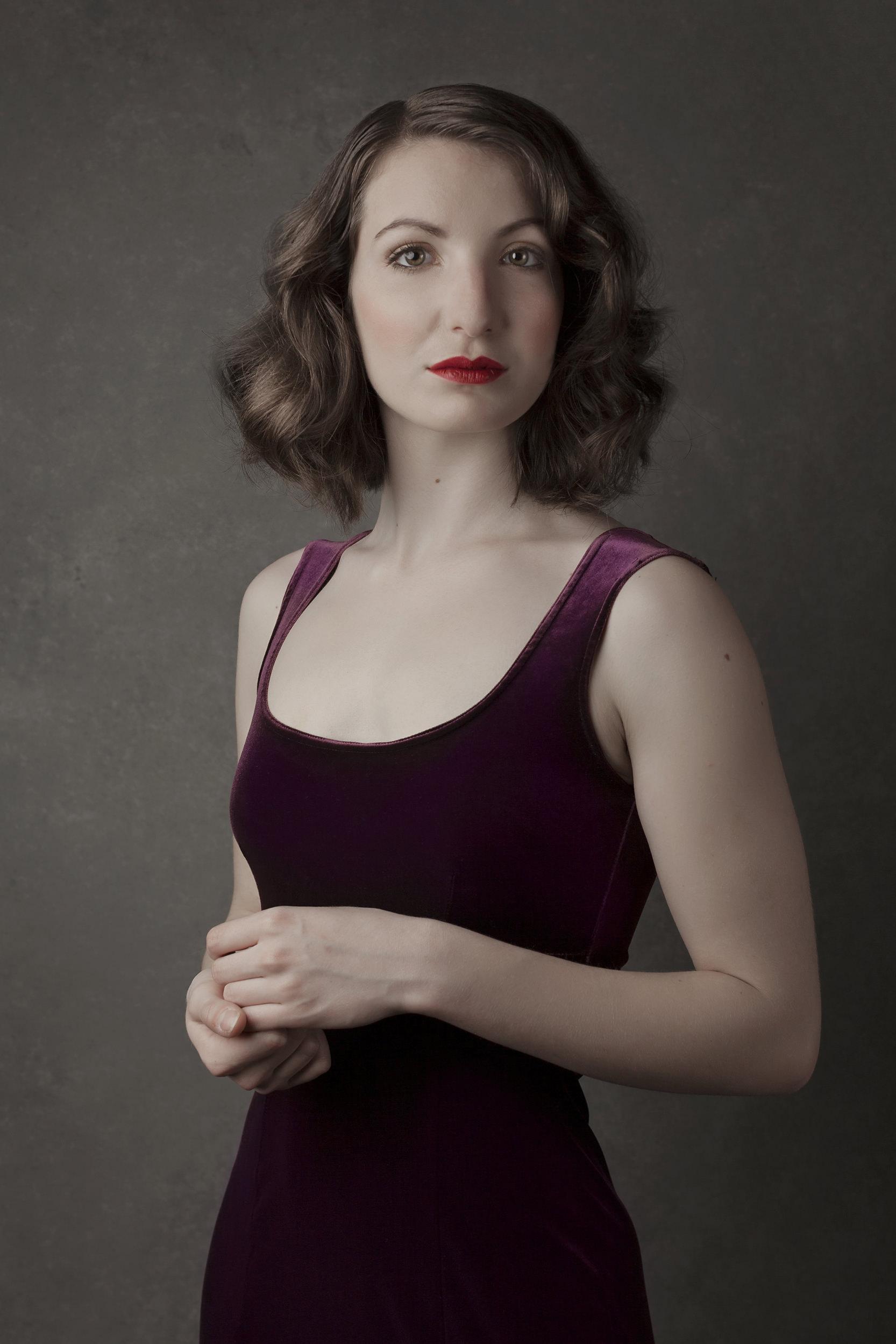 Naiya women's portrait English Photoworks.