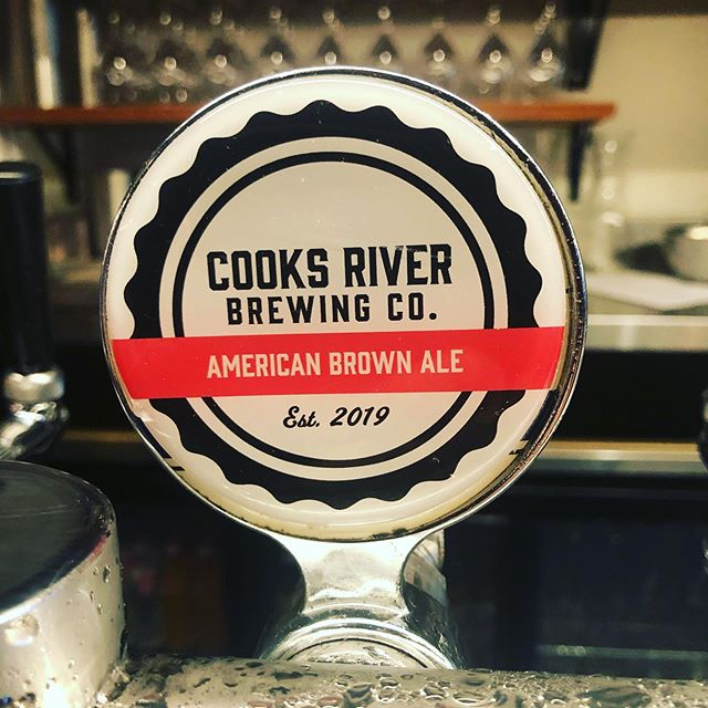 Guest Local Beer! Now pouring the 2019 first place 'Brewers Got Talent' winner. @cooksriverbrewing presents the Cooks River Brown Ale. A traditional American Brown Ale brewed at a session-able 4.4% offering a sweet aroma and initial taste followed by a mild bitterness with chocolate and spice for the modern day palate.