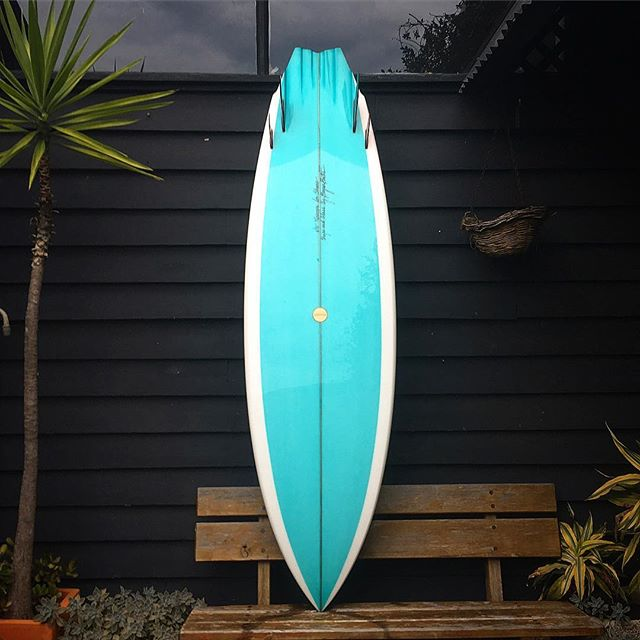"6'10"" #twinzer for Shane. If you're unfamiliar with this type of design I've written a good deal about it on my website. Link is in the bio. It's my favourite board personally to ride as I feel it gives the most spectacular feelings of all the fin arrangements. Dropped into an outline like this with a flat deck and a fabulous rocker and you've got a real weapon on your hands.  #beautiful #handmade #custom #surfboard #twinfin #style #premium #quality #handcrafted #starttofinish #shape #glass #fins #unique #colour #real #artisan #made #handshaped #artist #bryanbates #byronbay"