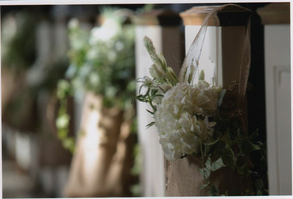 Floral-church pews.jpg