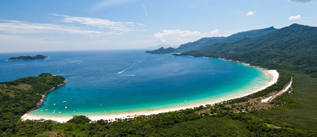 Ilha Grande - Lopes Mendes - Photo courtesy by Marco Yamin