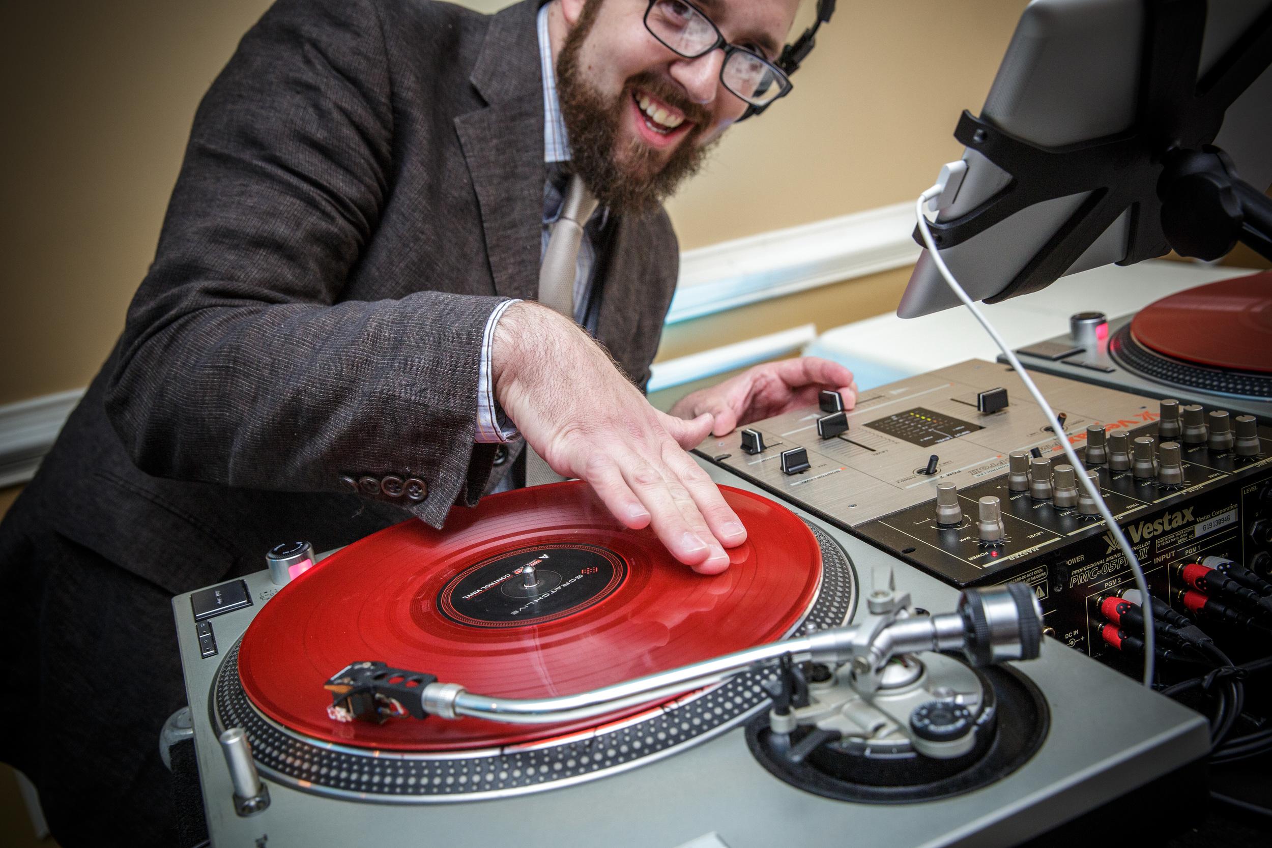 RVA Wedding DJ Alex Verno - Photo Courtesy of     Grant & Deb Photographers, LLC