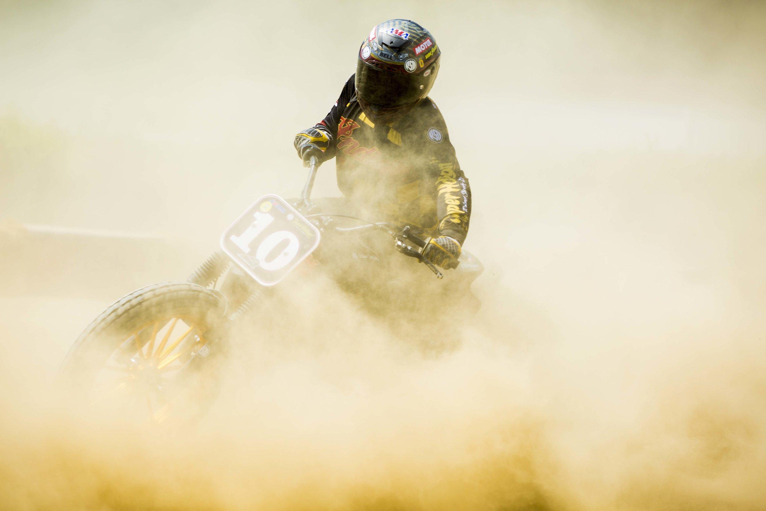 moto heroes