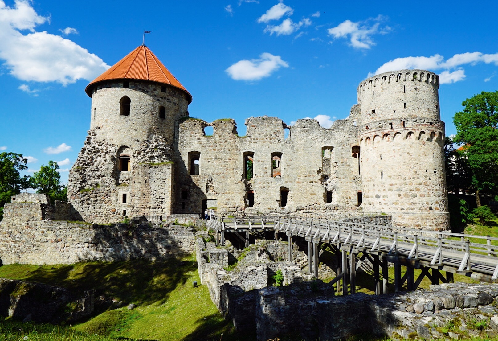 castle of cesis in latvia riga day trip