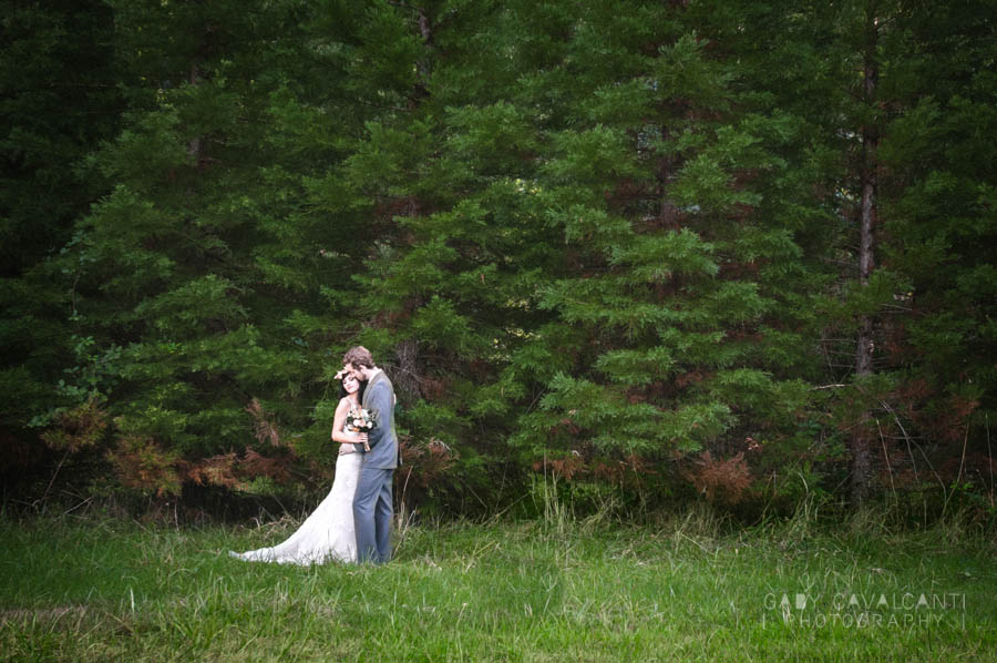 Maria and Jordan - landscape stylized shoot