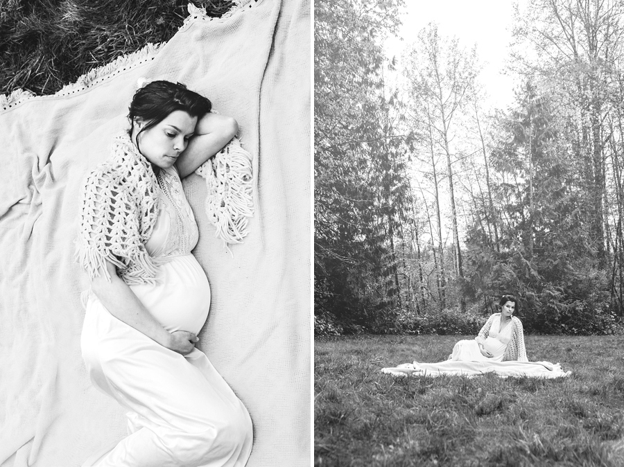 black and white maternity portraits - via Gaby Cavalcanti Photography