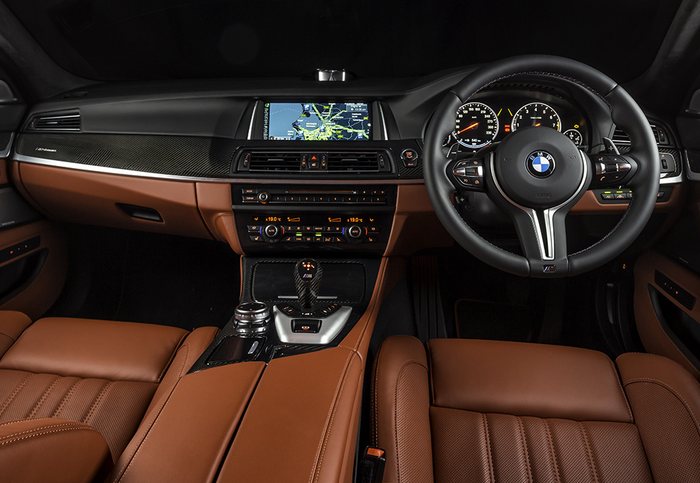 M5 Nighthawk Interior