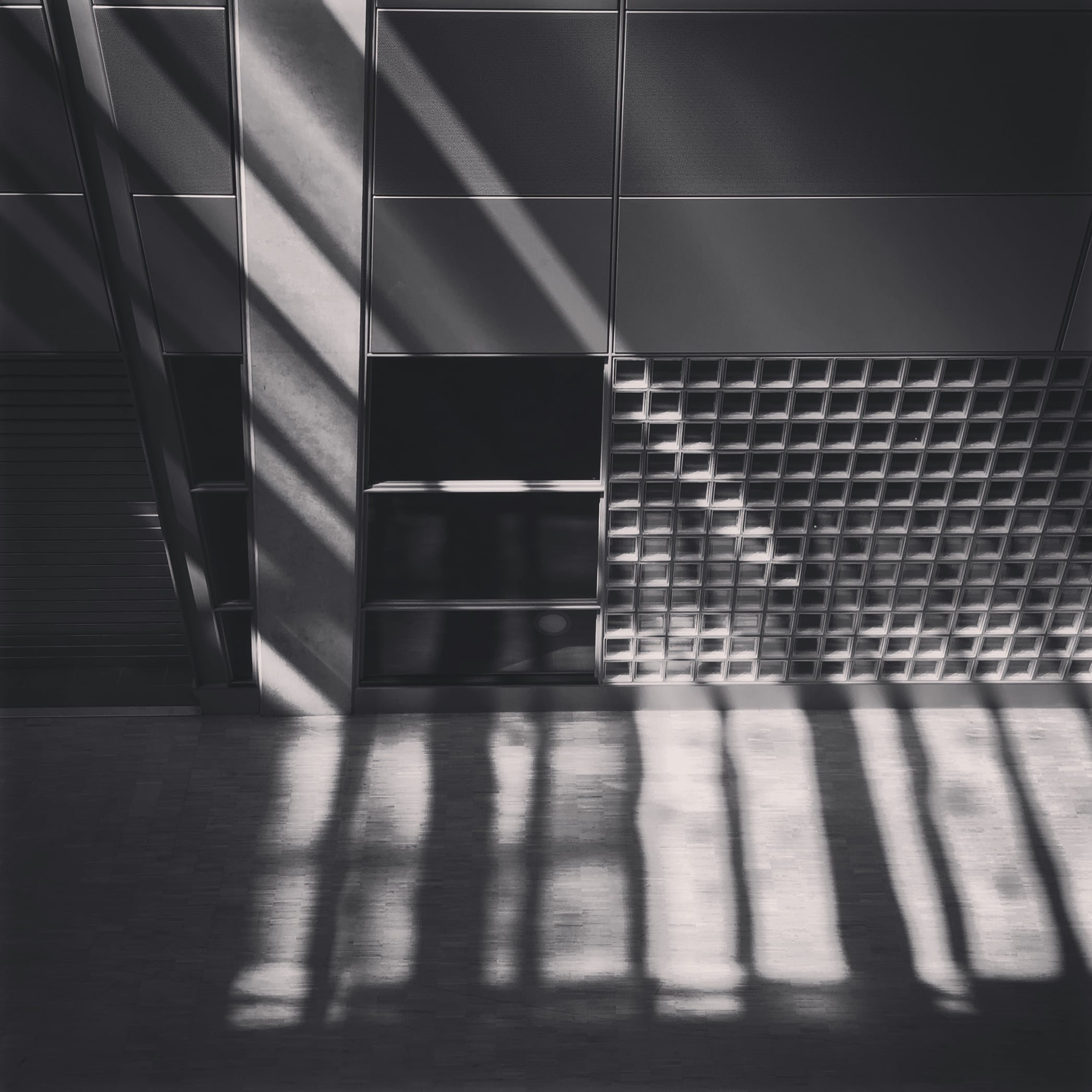 'Bars of Light -Schiphol' 2015