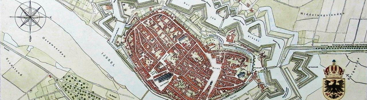 Uitsnede ets 'De Stad Deventer Anno 1832', handmatig met aquarel ingekleurd. © De Etserij