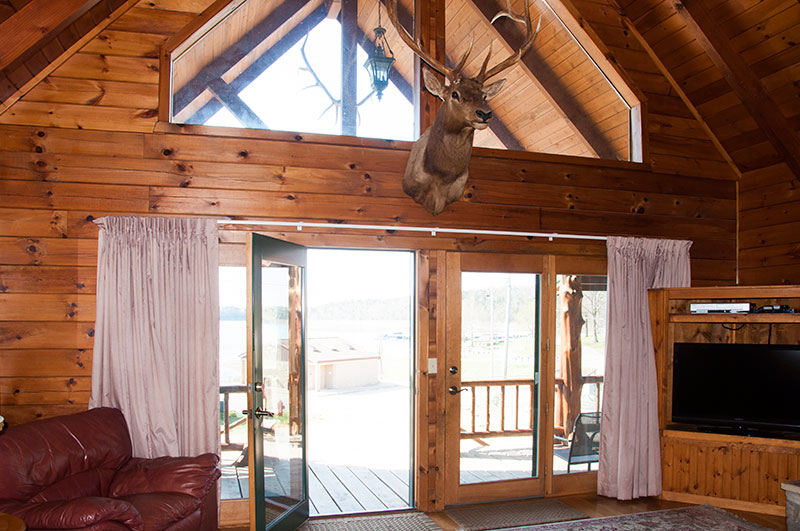 Otter Creek Lodge on Bull Shoals Lake_interior