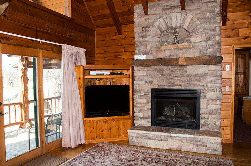 Otter Creek Lodge on Bull Shoals Lake_fireplace