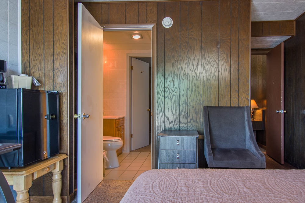 Theodosia Marina-Resort Motel on Bull Shoals Lake