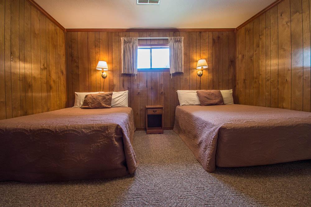 Theodosia, Missouri lake house vacation rental_ bedroom
