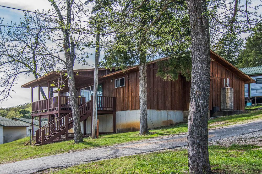 Southern Missouri lake house vacation rental