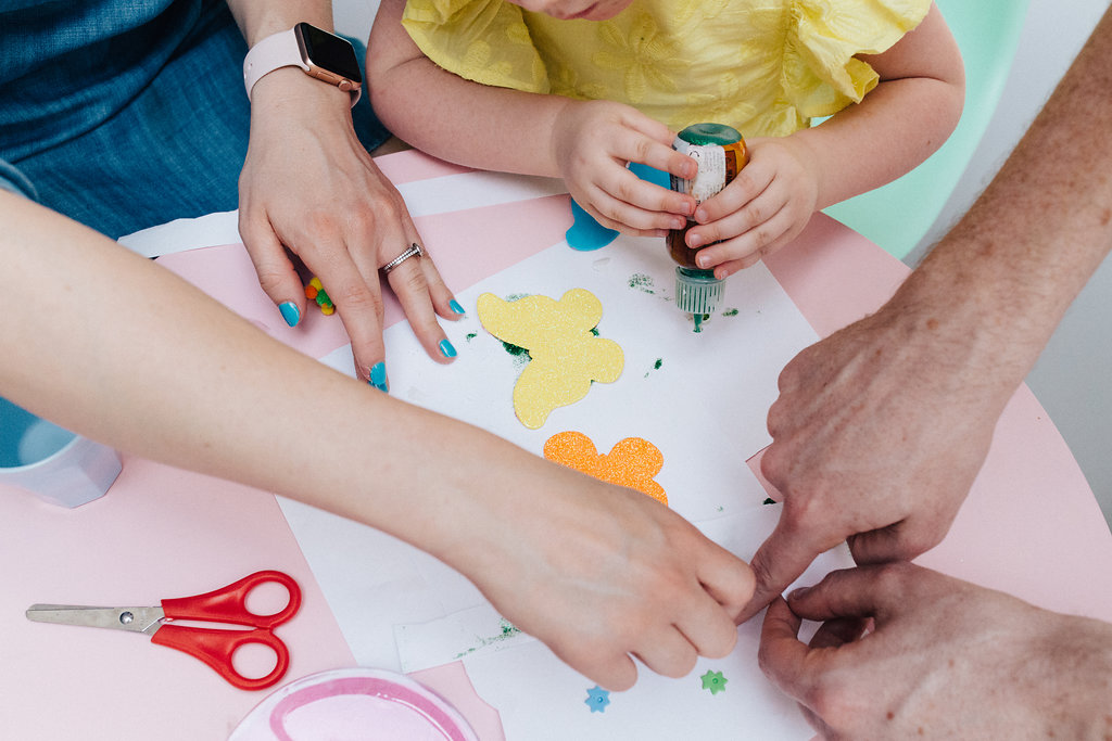 Family doing crafts during in home family portraits in Beckenham