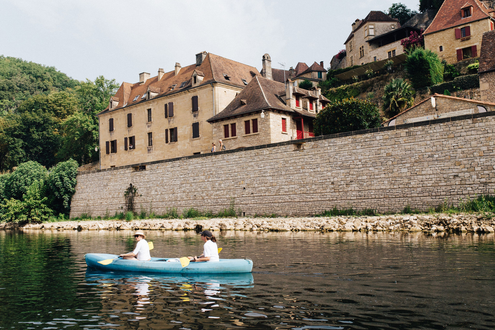 Canoe on Dordogne river at La Roque-Gageac