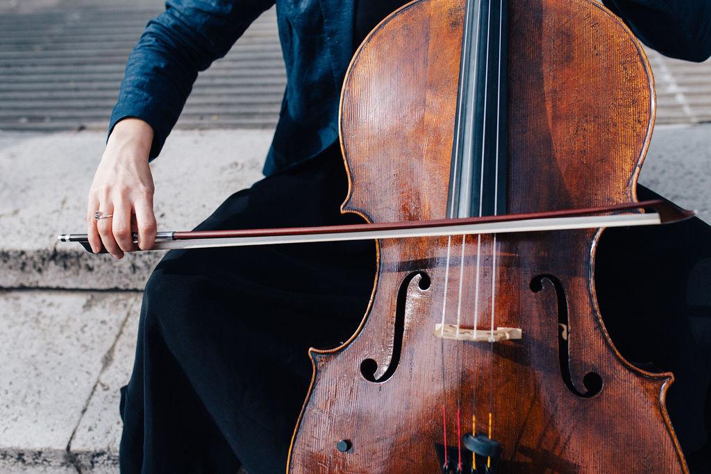 Portrait of Kath Jenkinson, cellist