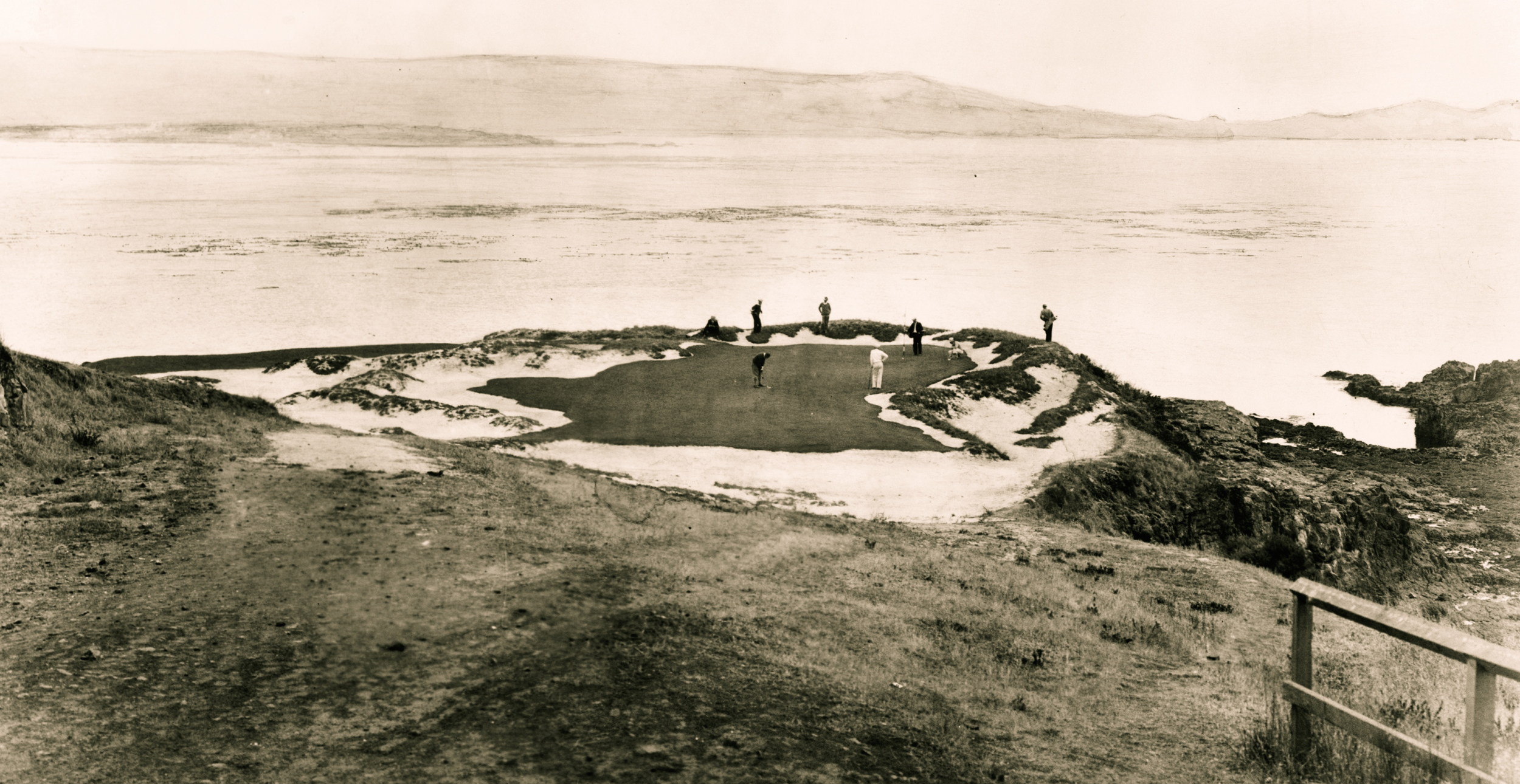 The 7th green at Pebble Beach as it looked in 1929 for the National Amateur (Courtesy of    Pacific Golf Design   )