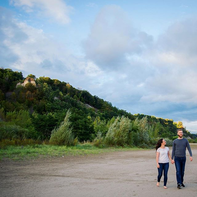 💚 #bluffs #scarboroughbluffs #couple #beach #green #nature #sky #getoutside #engagement #engaged #photoshoot #photo #photography #life #love #wedding #bridal #igers #scarborough #toronto #torontowedding #photographer