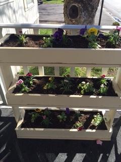 Suc h a cute Flower Garden Hamblins made!