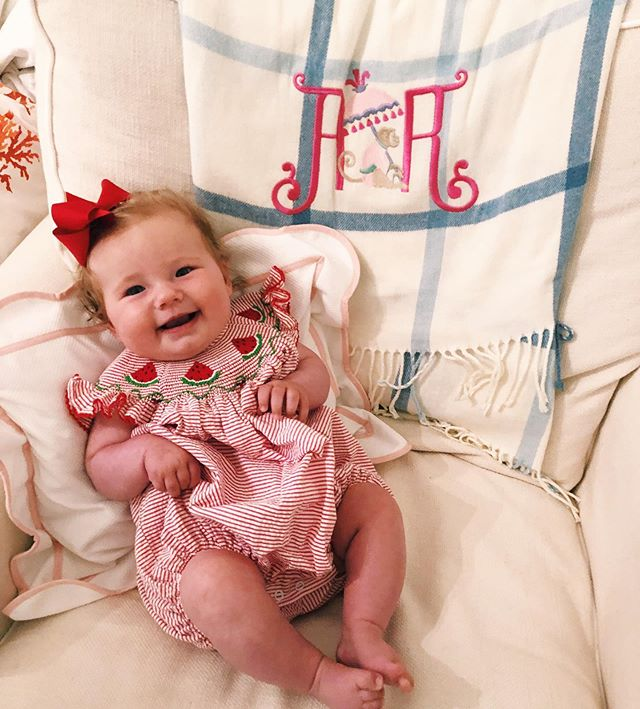 Hooray 🍉 Summer 🍉 Is 🍉 Here! #themonogrammedhome #monogrammed #personalizedgifts #babygifts #throwblanket #hairbows