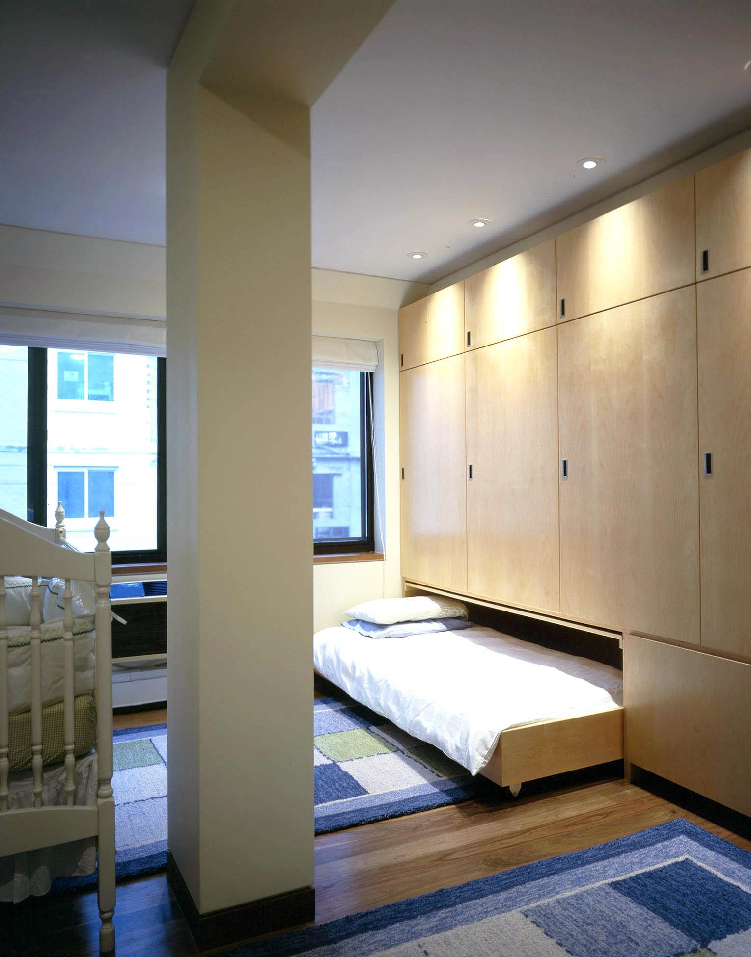 Bed-B-02x.jpg