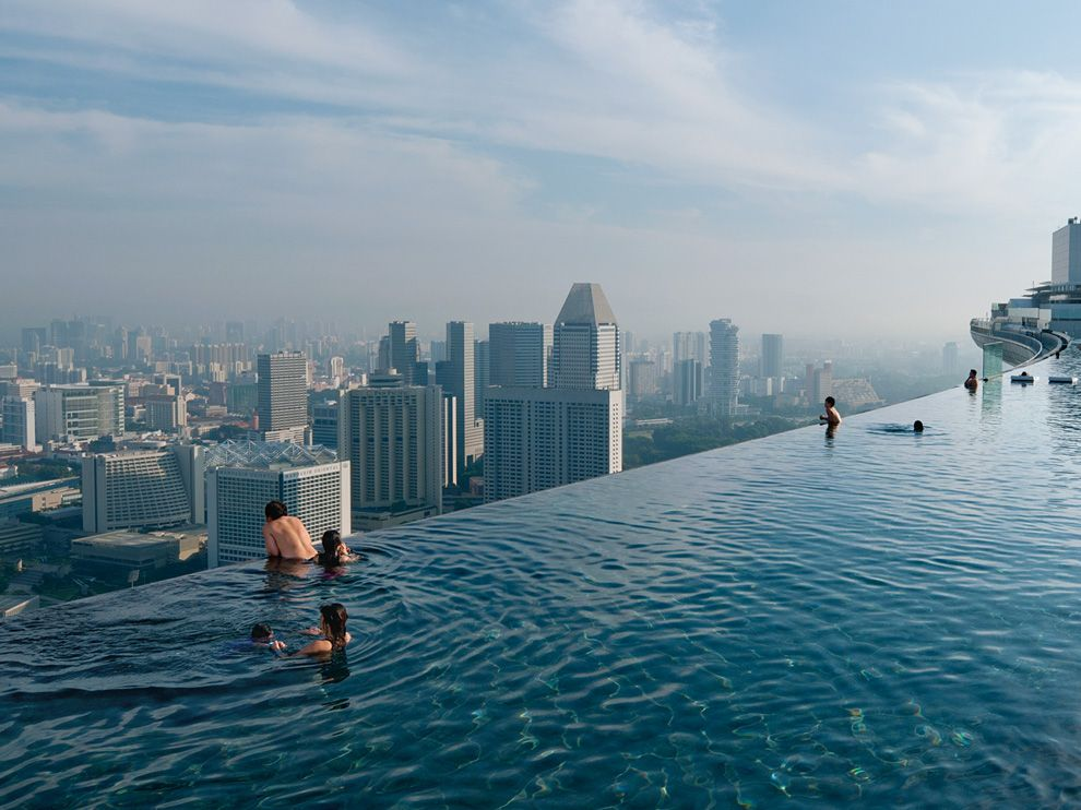 infinity-pool-singapore-chen_46147_990x742.jpg
