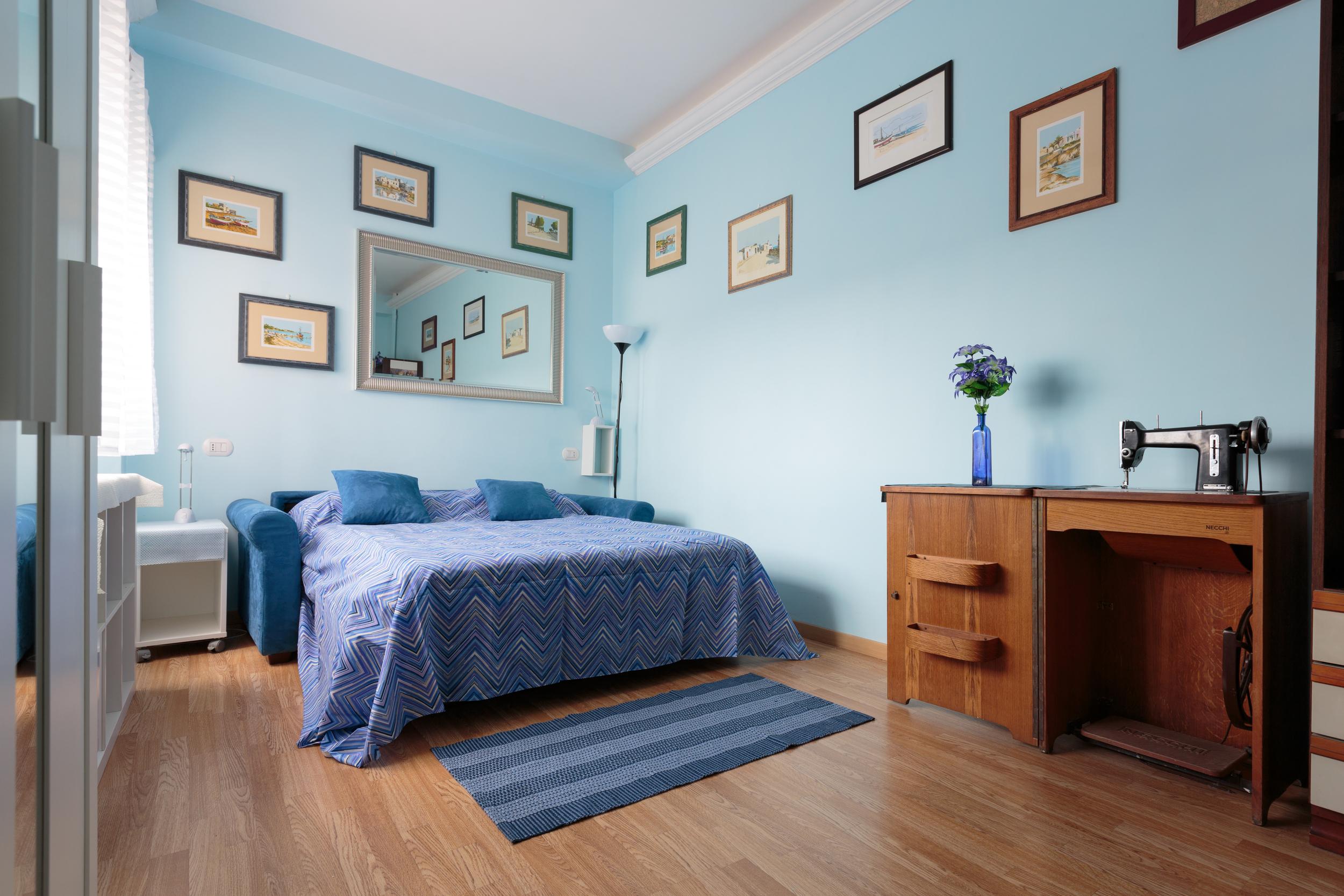 blueroom1.jpg