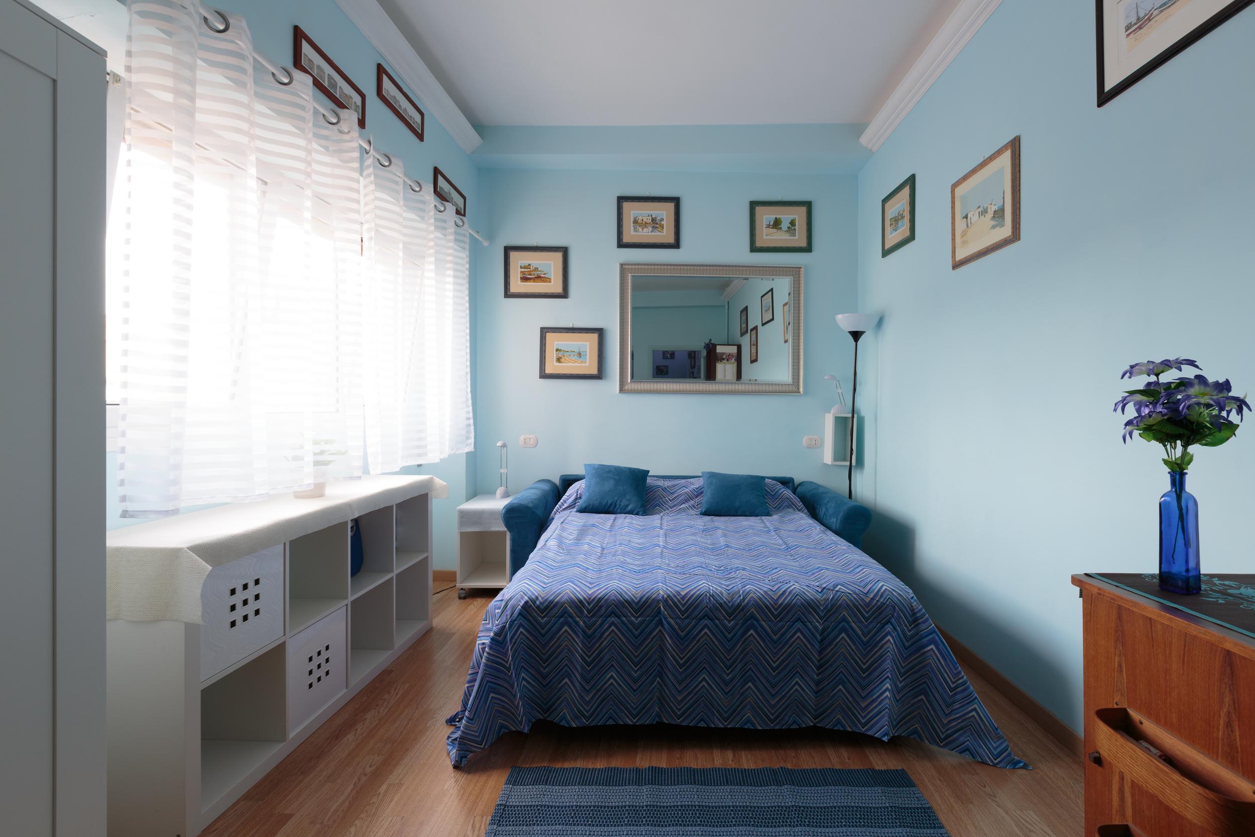blueroom3.jpg
