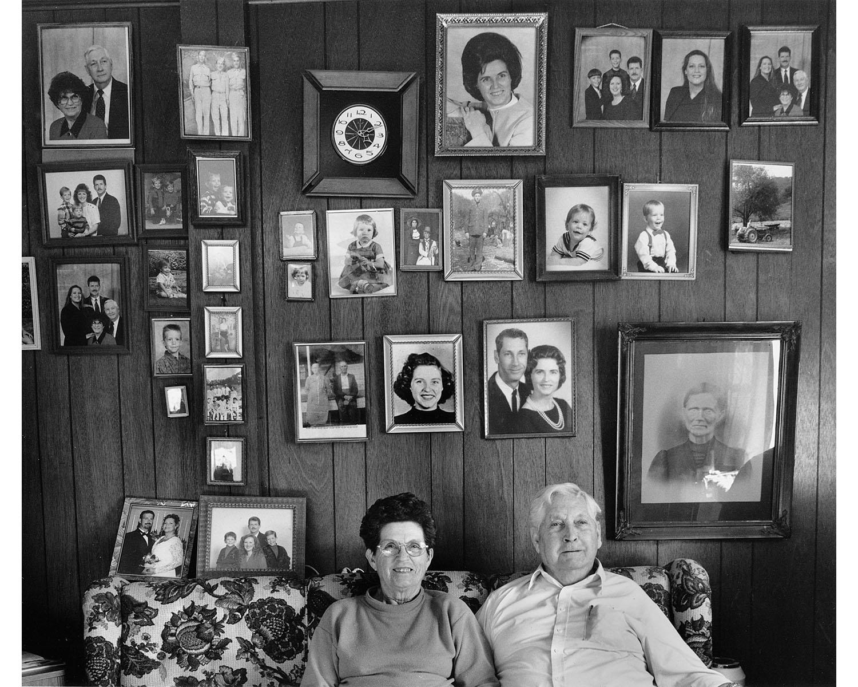 FAmily photographs portraits Appalachian photographer Tim Barnwell