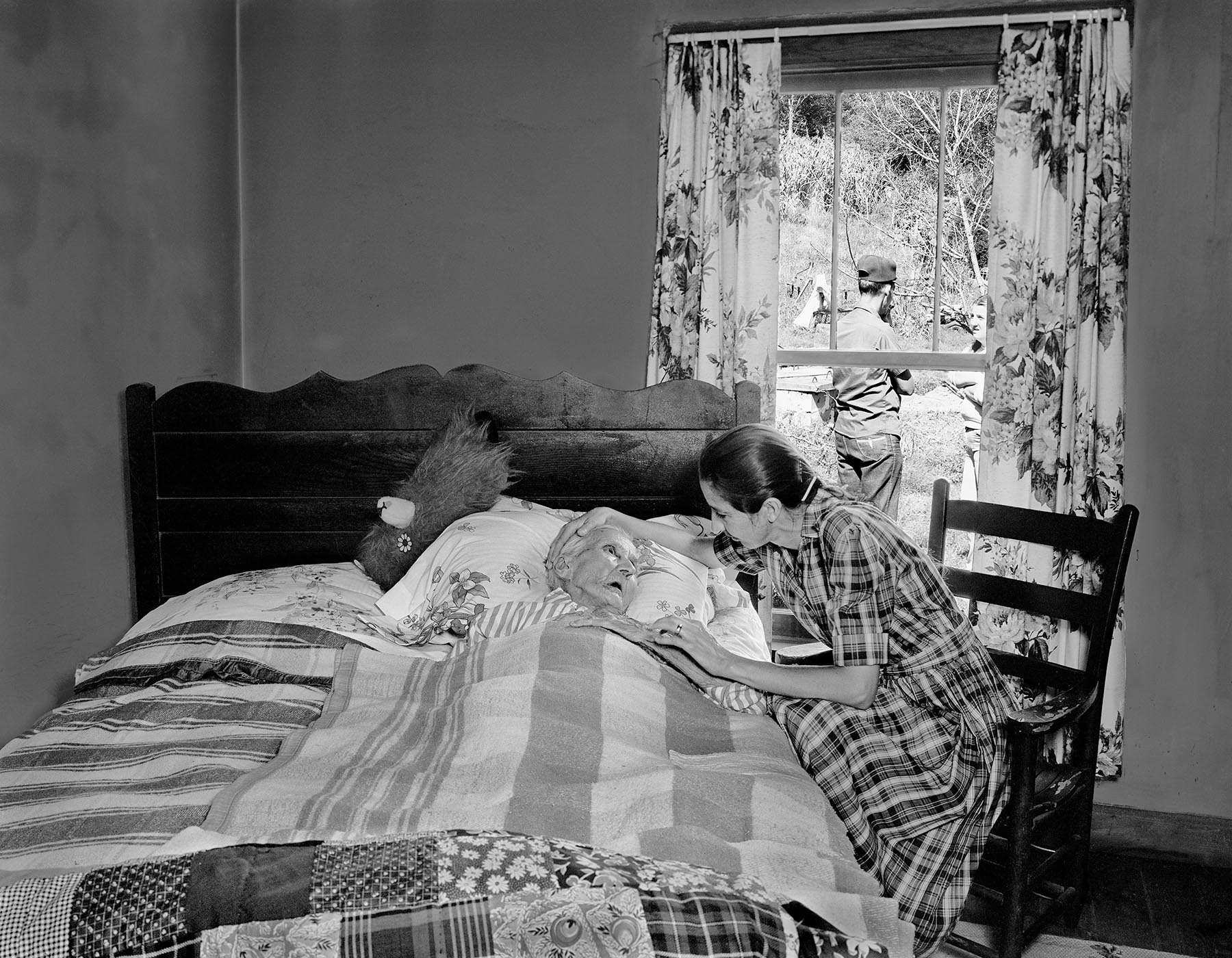 Peggy Harmon Alice bed Appalachian portrait Tim Barnwell photographer