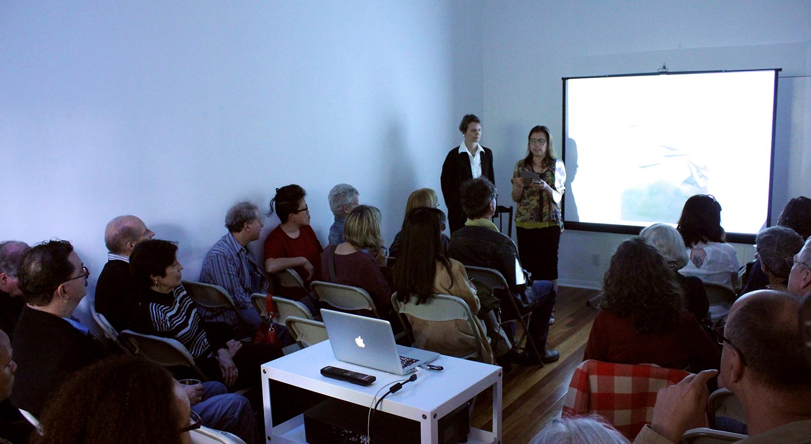 presentationshotsmall.jpg