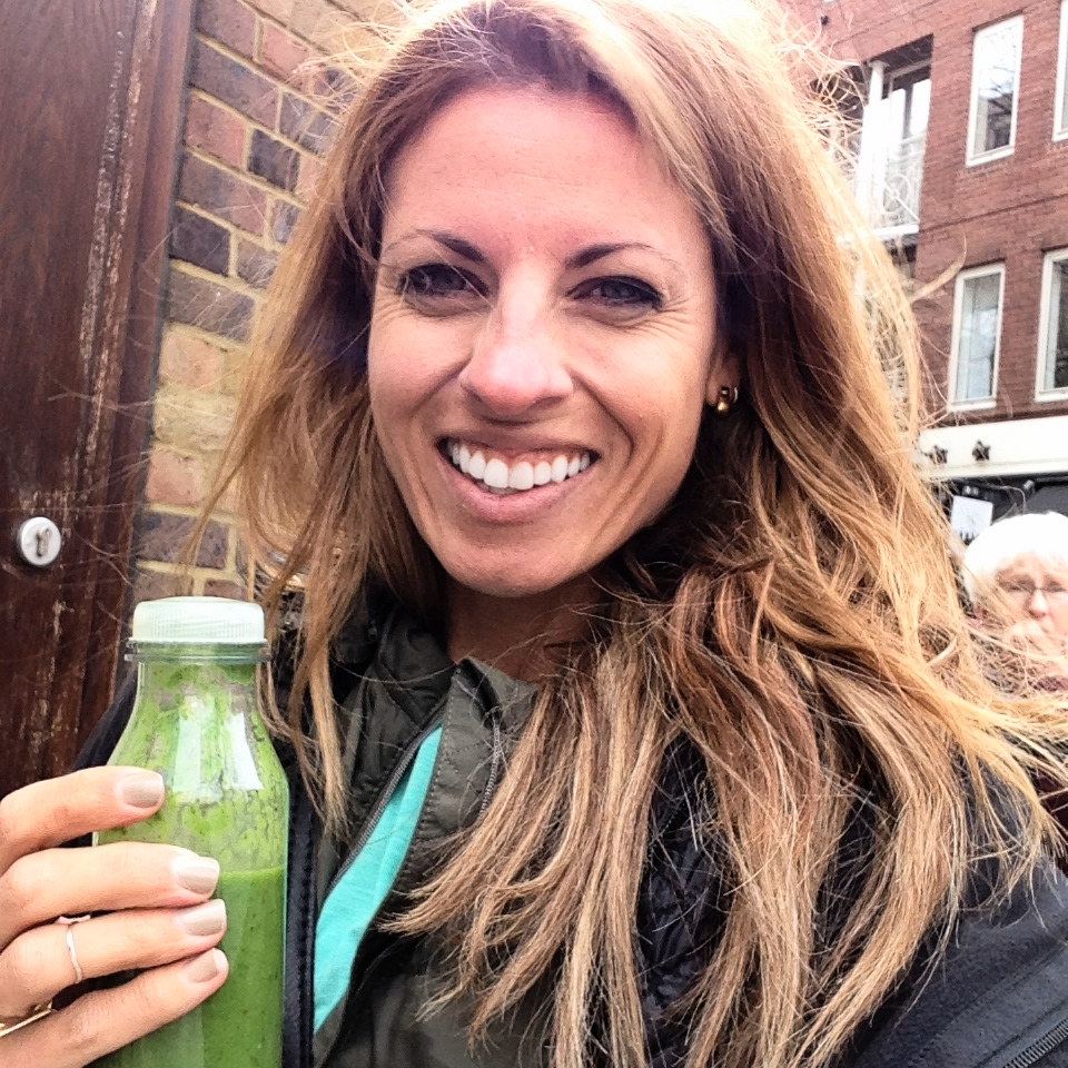 Post yoga smoothie selfie. Such cute little bottles!