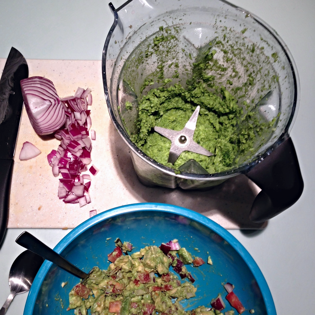Guacamole in the process. Not so pretty. But tasty as fuhhh.