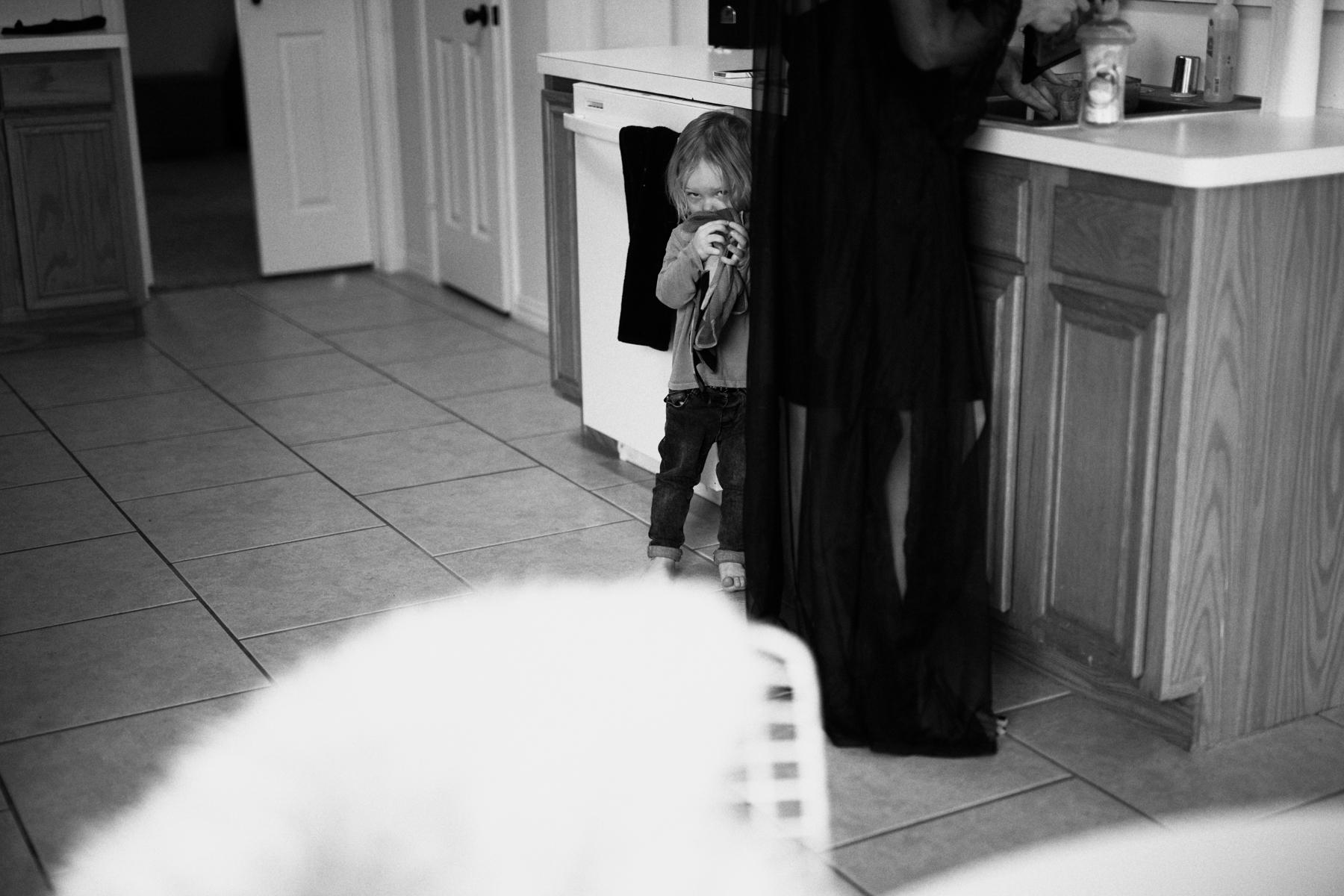 BLACK AND WHITE DALLAS TX FAMILY PHOTOS