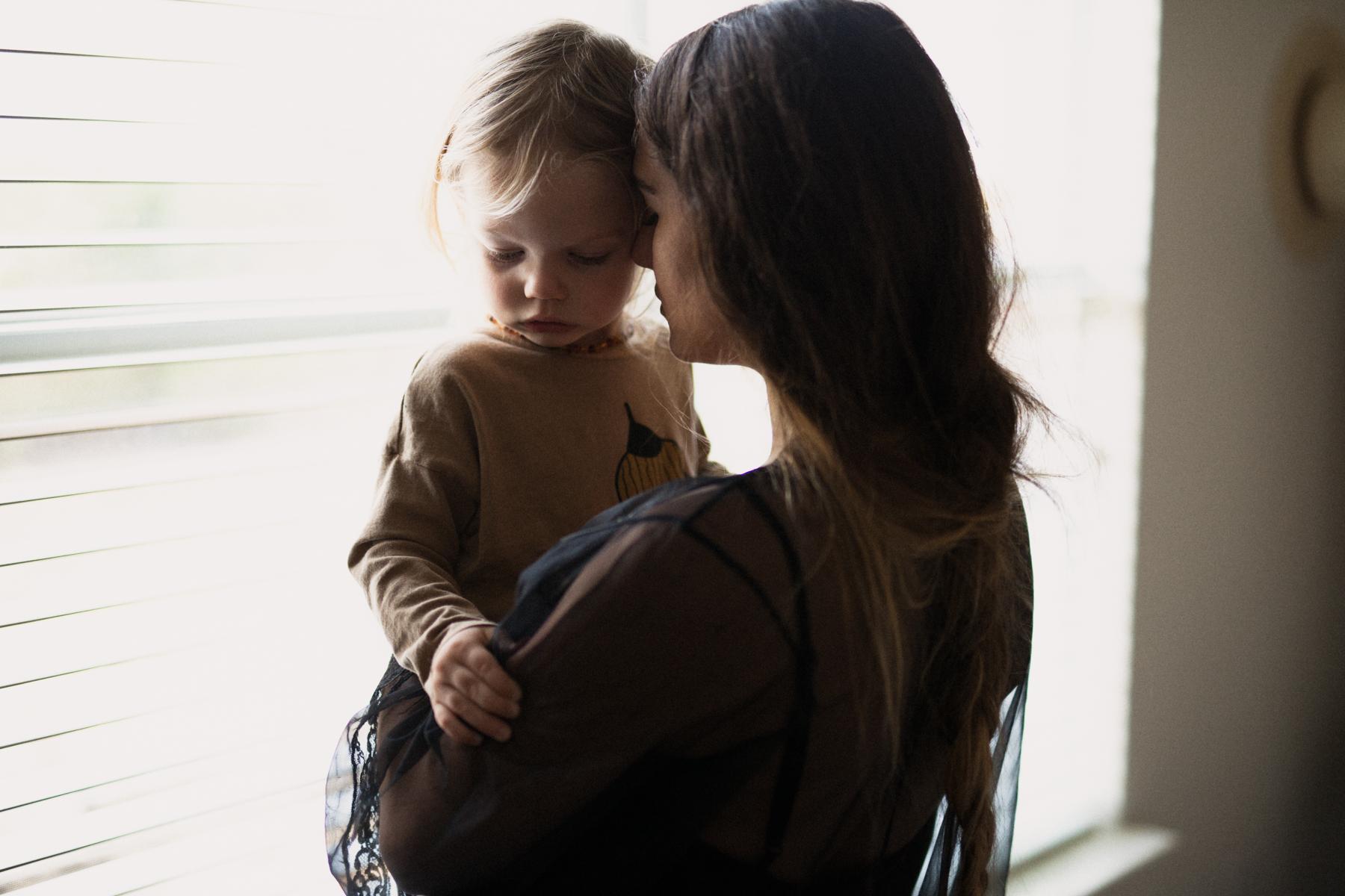 MINIMALISTIC DALLAS TX FAMILY PHOTOGRAPHER
