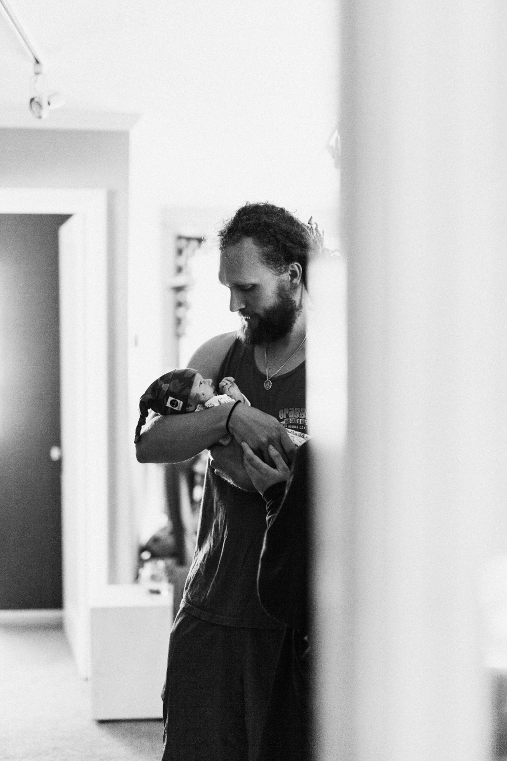 dad-and-newborn-son-black-and-white-photograph-slc-ut