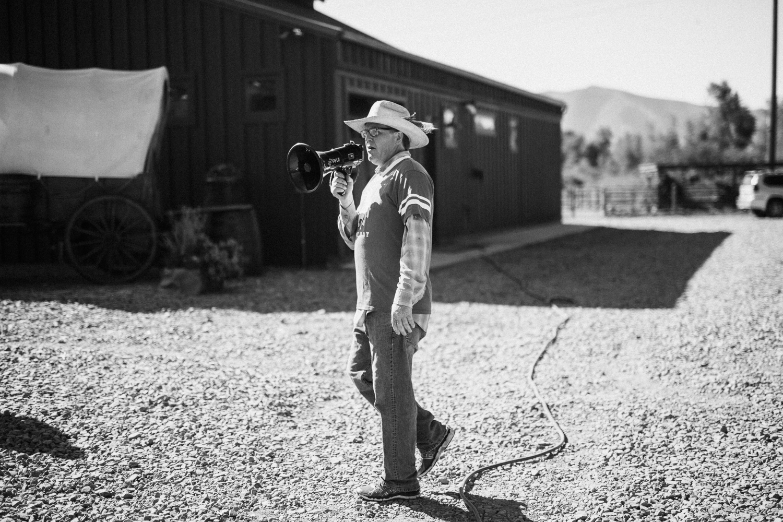 man-directing-the-crowd-at-legacy-ranch-heber-utah