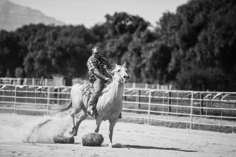 action-shot-of-man-riding-horse-heber-utah