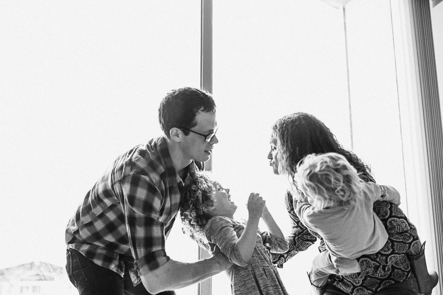 lifestyle-family-photography-at-home-new-york-new-york