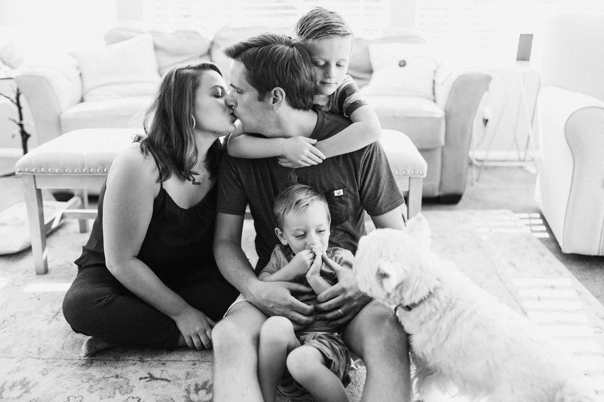 clean-and-bright-intimate-family-photo-during-in-home-session-with-jen-farichild-photography-north-salt-lake-utah