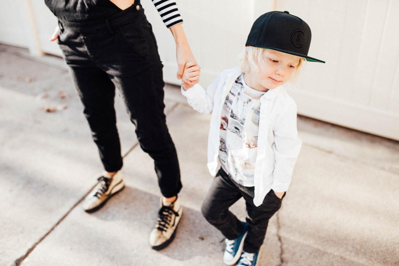 cool-little-blonde-boy-rocking-SLC-snapback-the-notrious-slc-jen-fairchild-photography-salt-lake-city-ut